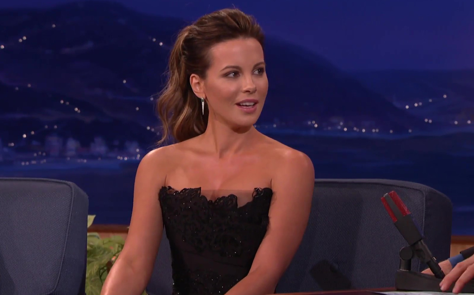 CONAN | Kate Beckinsale Texts Her Daughter Naked Pics Of Michael Sheen