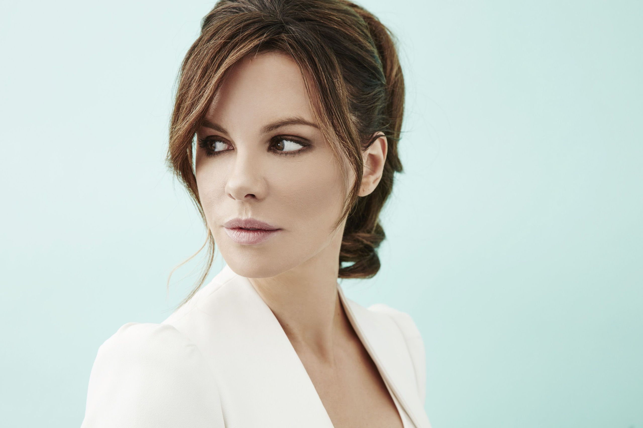 Kate Beckinsale Has a Pretty Good Idea for Fixing Marriage